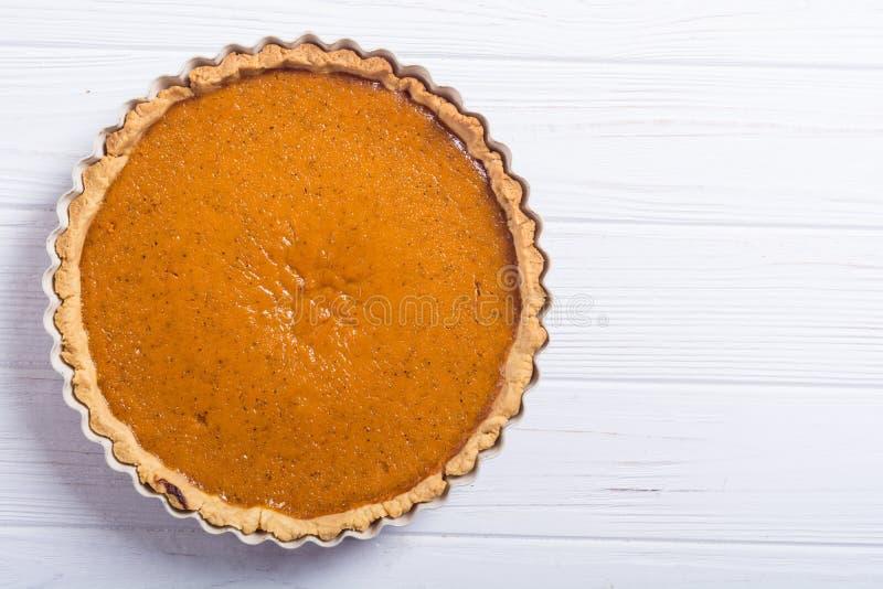 Fondo tradicional americano hecho en casa de la comida del otoño del pastel de calabaza fotos de archivo libres de regalías