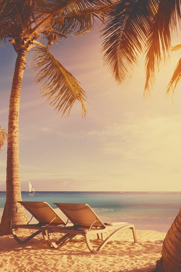 Fondo tropicale della spiaggia di arte fotografia stock libera da diritti