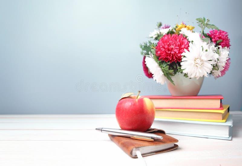 Fondo vacío del espacio del día de los profesores imágenes de archivo libres de regalías