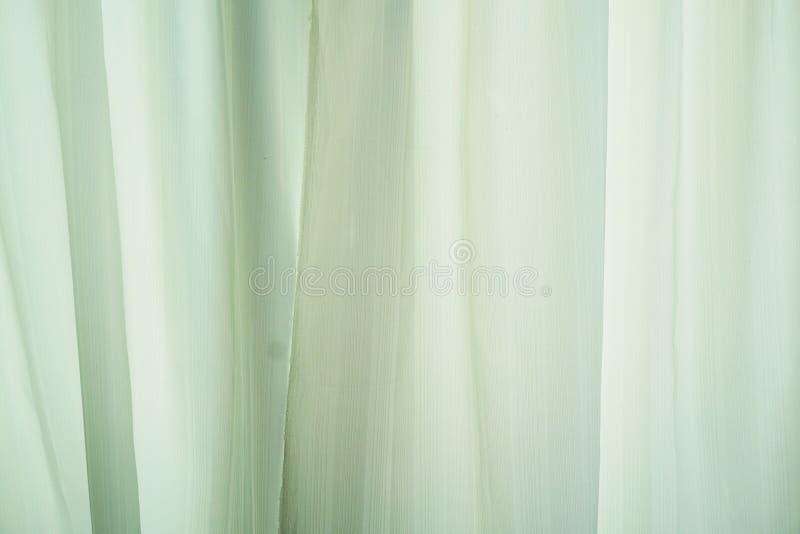 Fondo verde de la cortina o de la pa?er?a imágenes de archivo libres de regalías