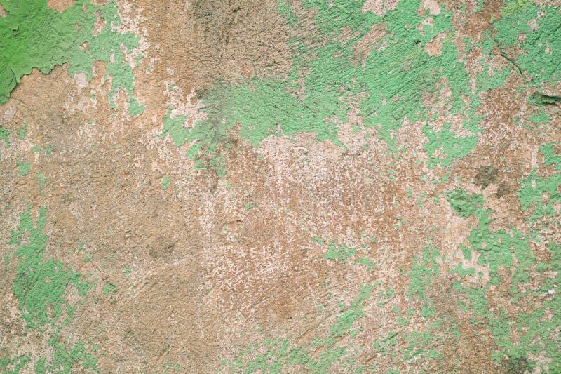 Fondo verde misero di lerciume della parete fotografie stock libere da diritti