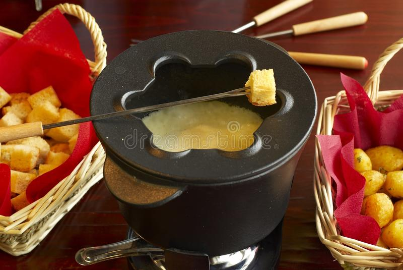 Fondue de queijo imagens de stock royalty free