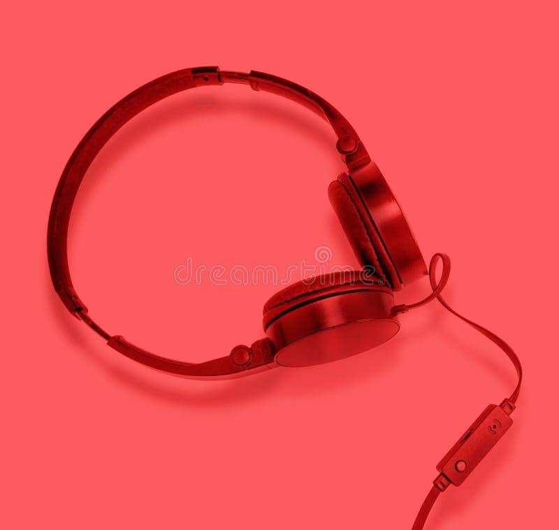 Fones de ouvido com fios para o abrandamento foto de stock royalty free