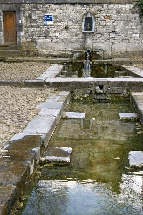 Fontain antico di Begge del san, Andenne, Belgio fotografie stock libere da diritti
