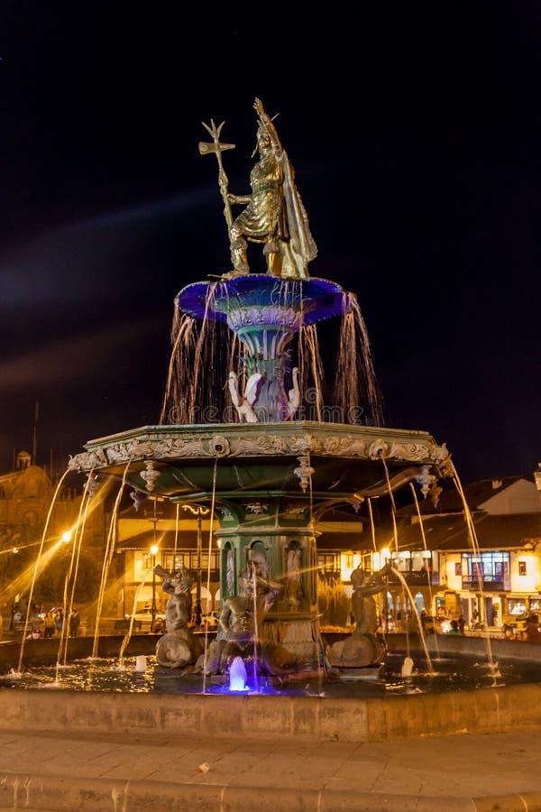 Fontaine à la place de Plaza de Armas dans Cuzco photo libre de droits