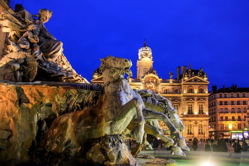 Fontaine Bartholdi和利昂市政厅,地方des terreux 库存图片