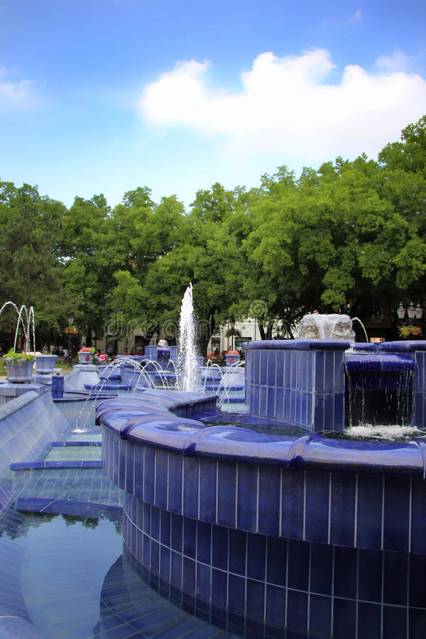 Fontaine bleue images stock