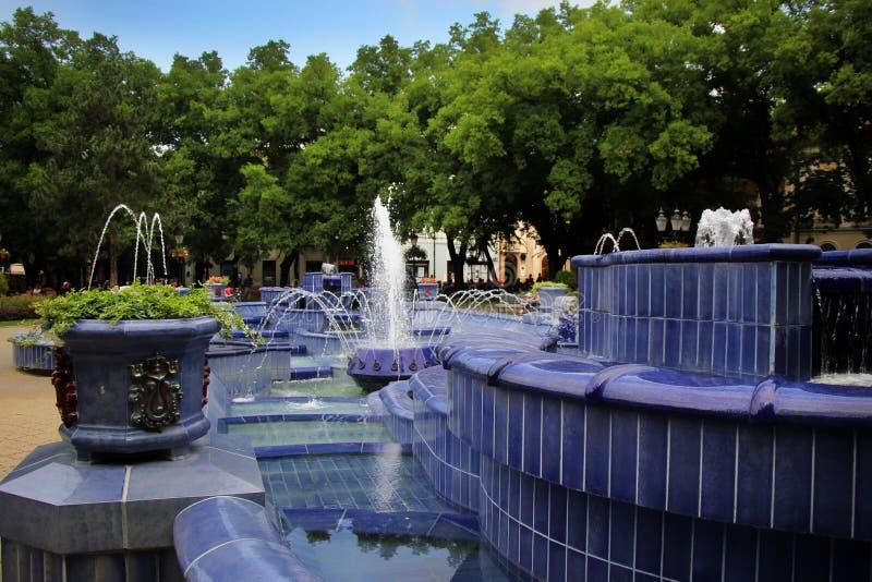Fontaine bleue photo libre de droits