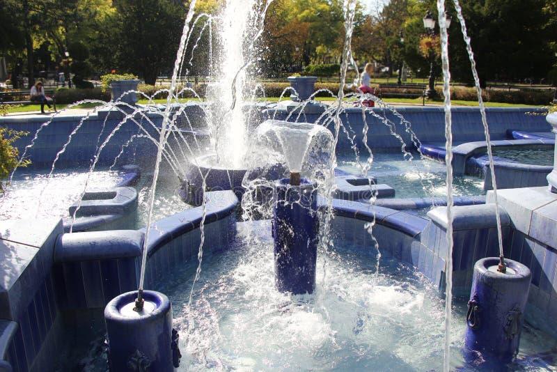 Fontaine bleue dans Subotica photos libres de droits
