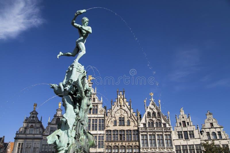 Fontaine de Brabo à Anvers photographie stock libre de droits