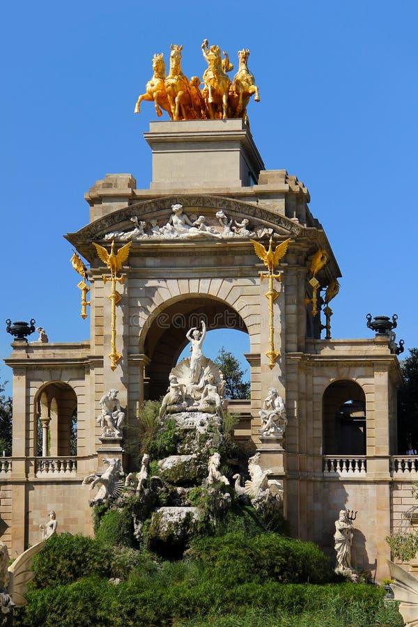 Download Fontaine De Cascada à Barcelone Photo stock - Image du espagne, statue: 45357334
