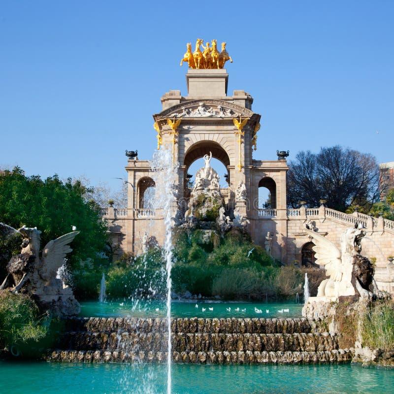 Fontaine de lac de stationnement de ciudadela de Barcelone photographie stock libre de droits