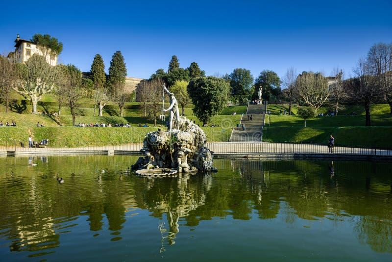 Fontaine de Neptune au centre des jardins de Boboli Florence image libre de droits