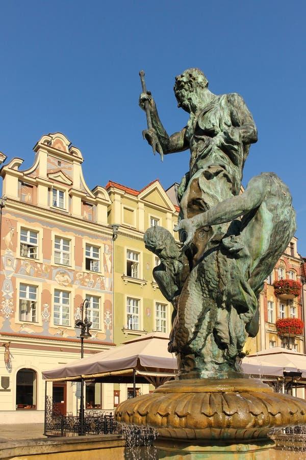 Fontaine de Neptune s. Poznan. La Pologne photos stock