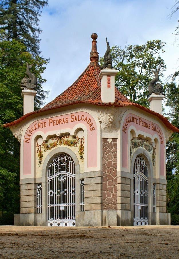 Fontaine de Pedras Salgadas en parc image libre de droits