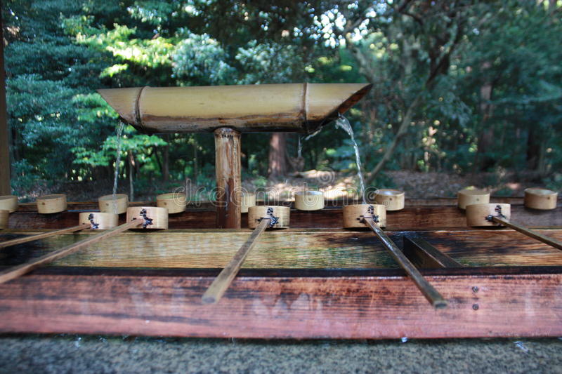 Fontaine de purification image stock