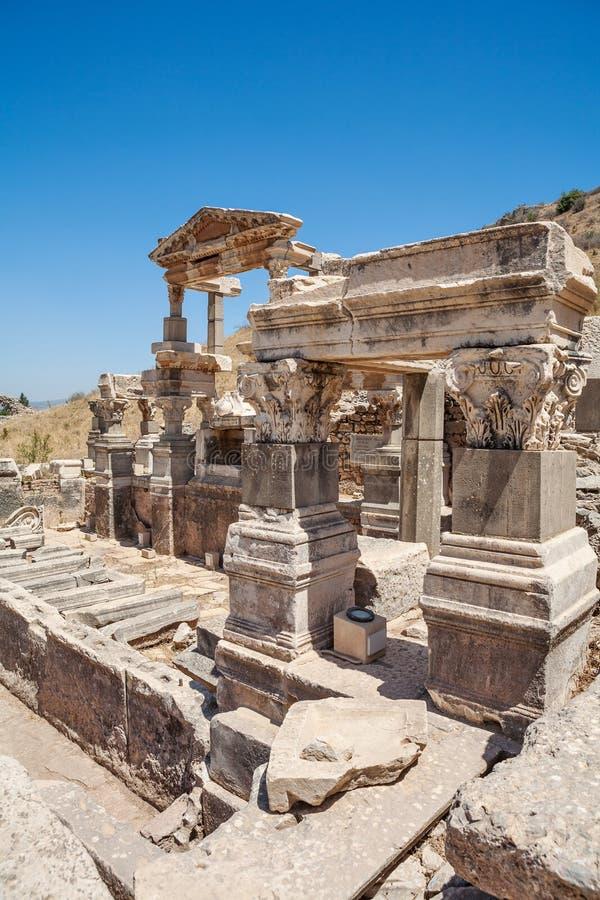 Fontaine de Trajan dans Ephesus antique Selcuk dans la province d'Izmir, Turquie image stock