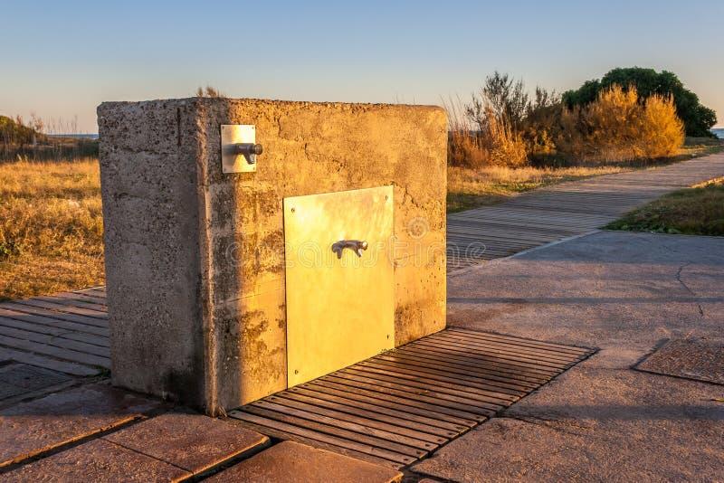 Fontaine di pietra artificiale immagine stock immagine for Fontana artificiale