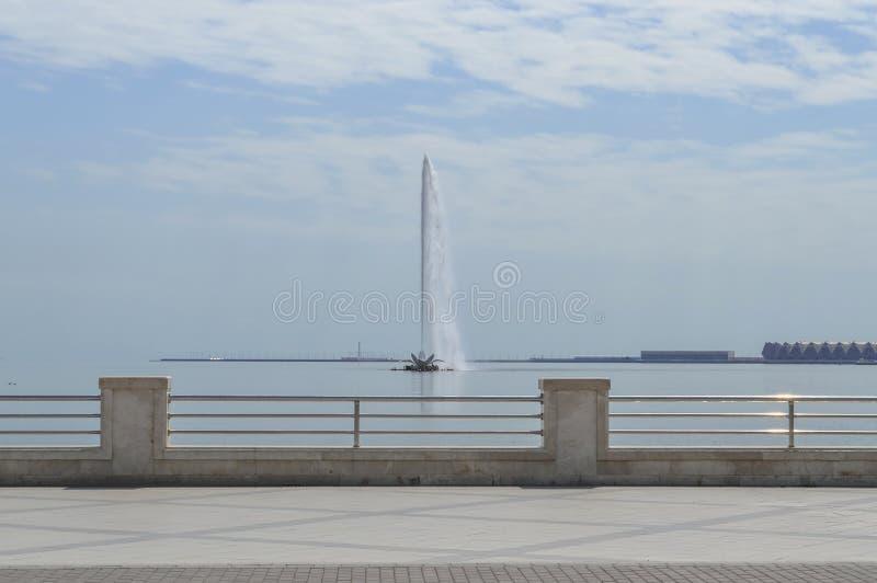 fontaine en Mer Caspienne ? Bakou image stock