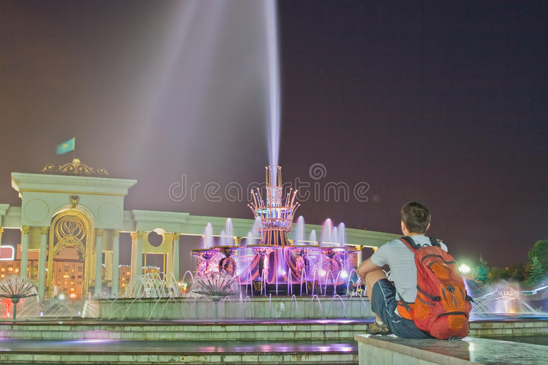 Fontaine en stationnement national de Kazakhstan, Almaty photographie stock