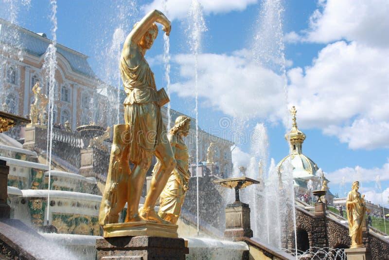 Fontaine grande photographie stock libre de droits