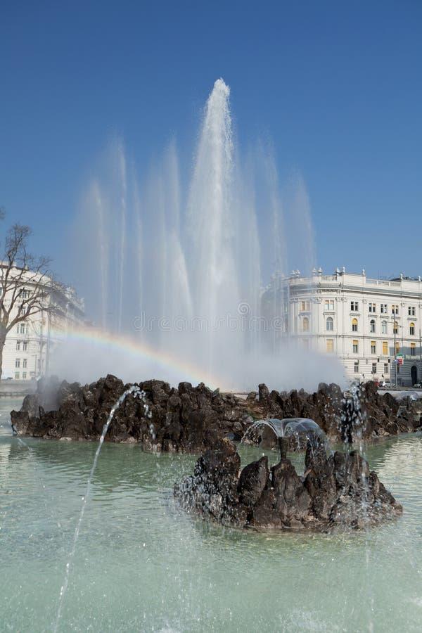 Fontaine Schwarzenbergplatz, Vienne images libres de droits