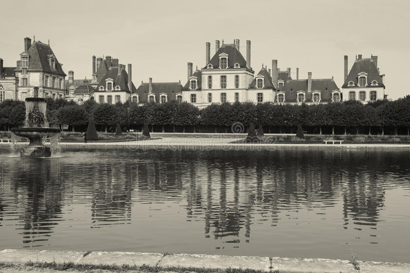 Download Fontainebleau castle stock image. Image of sunny, pond - 34331577