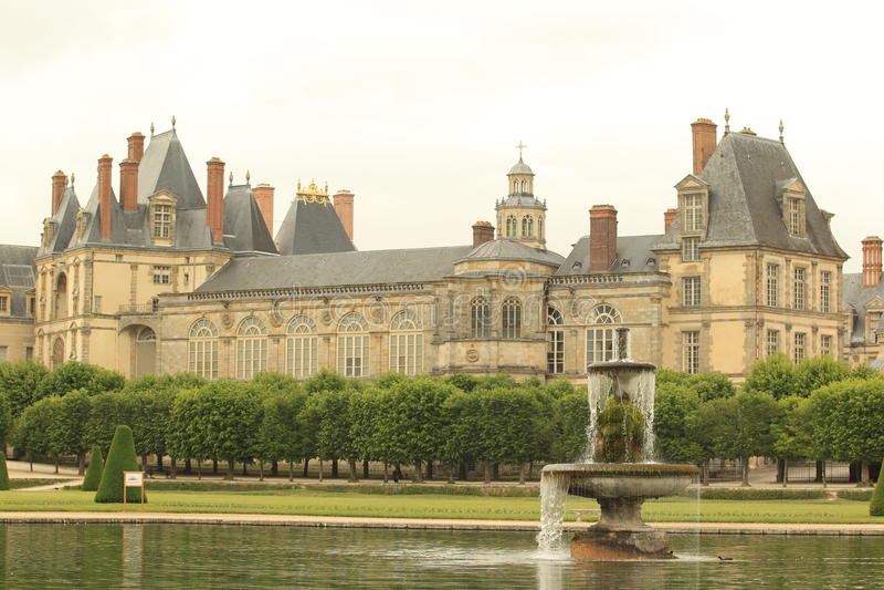 Fontainebleau chateau royaltyfri foto