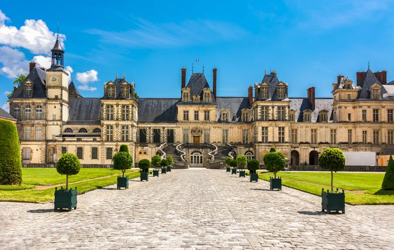 Fontainebleau slott Chateau de Fontainebleau, Frankrike arkivfoto