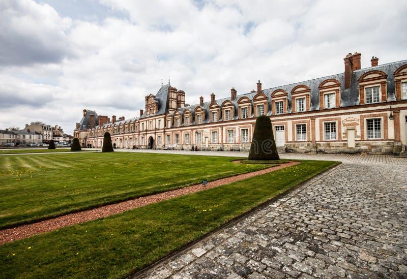 Fontainebleau slott, Frankrike royaltyfria bilder