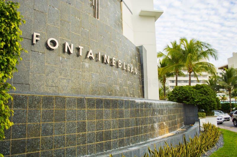 Fontainebleau springbrunn Miami Beach royaltyfri foto