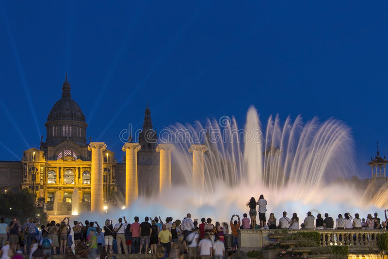 Fontaines - Barcelone - Espagne image libre de droits