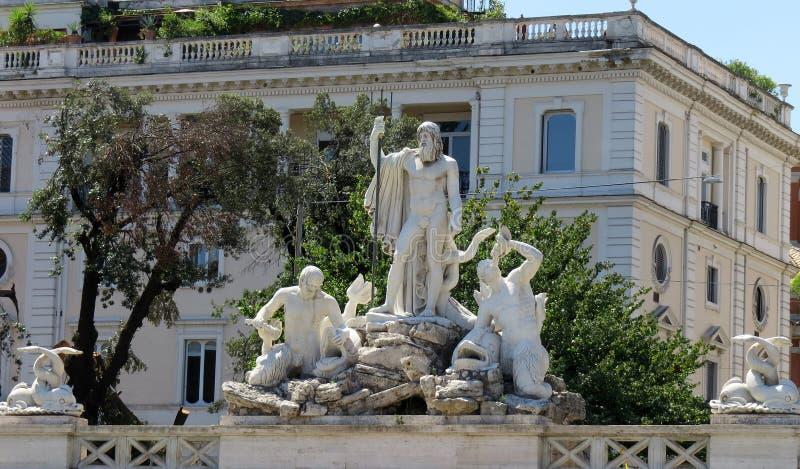 """Fontana """"Nettuno """"su Piazza del Popolo, Roma immagine stock libera da diritti"""
