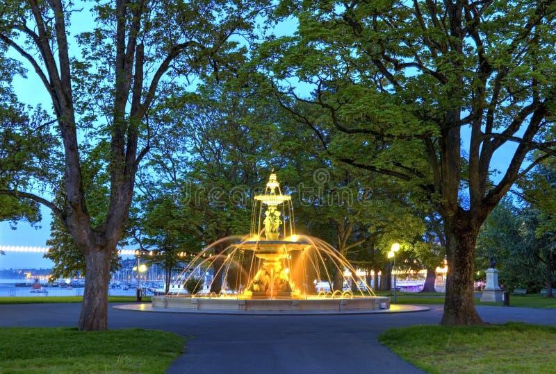 Download Fontana Al Giardino Inglese, Ginevra Immagine Stock - Immagine di statua, parco: 55362303