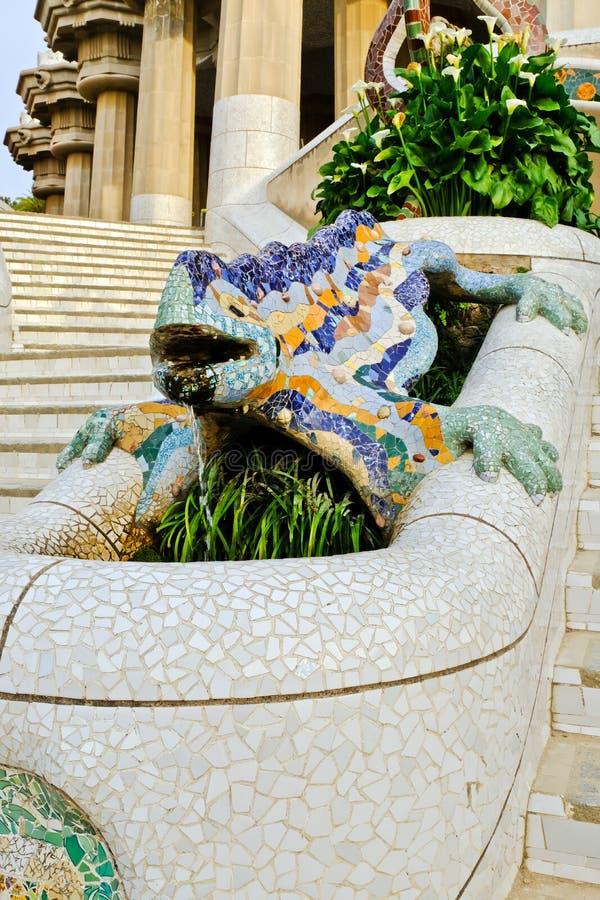 Fontana del drago di Gaudi, Barcellona, Spagna immagine stock libera da diritti