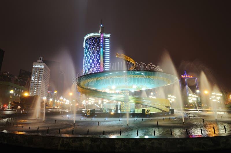 Fontana del drago nel quadrato di Chengdu Tianfu fotografia stock