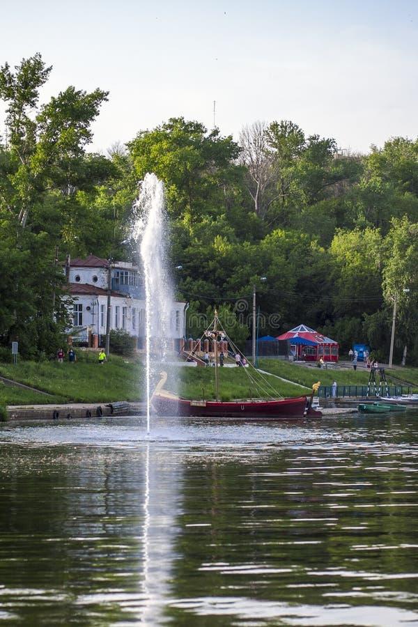 Fontana del fiume fotografia stock libera da diritti