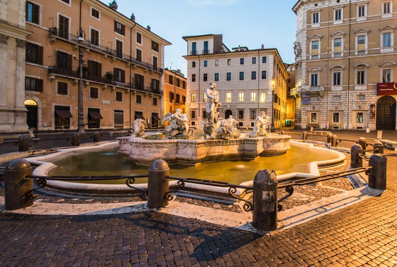 Fontana del Moro, Piazza Navona, Rome, Italië stock afbeeldingen