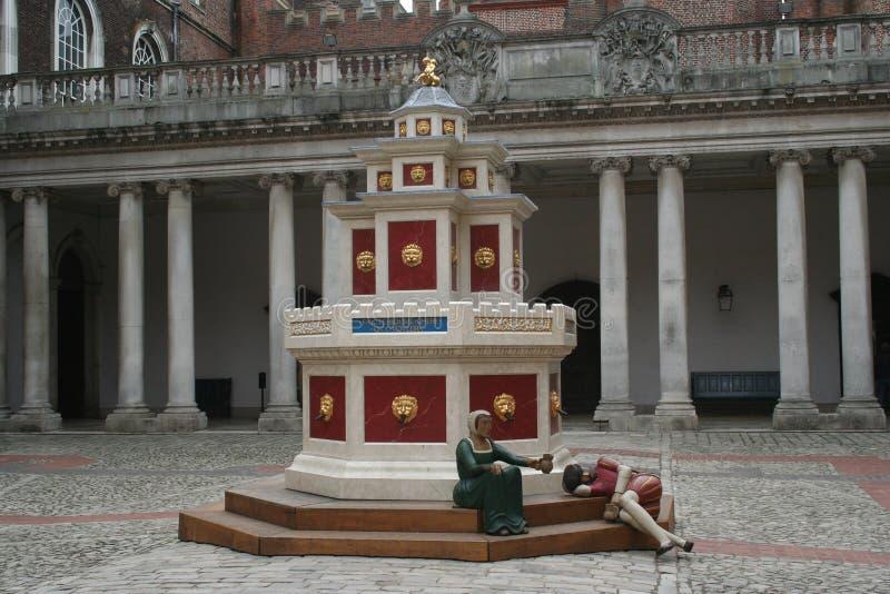 Fontana del vino, corte bassa, Hampton Court Palace immagine stock