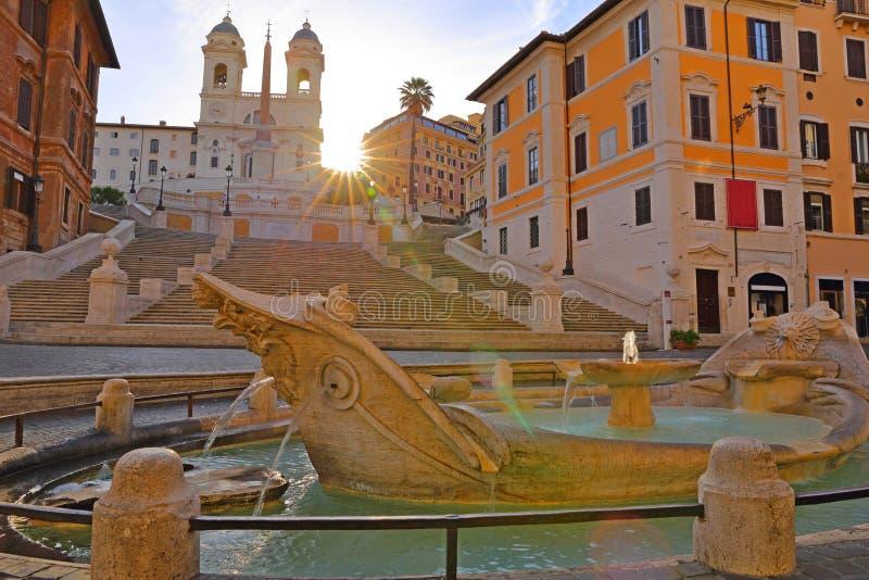 Fontana della Barcaccia i Piazza di Spagna Rome arkivfoto
