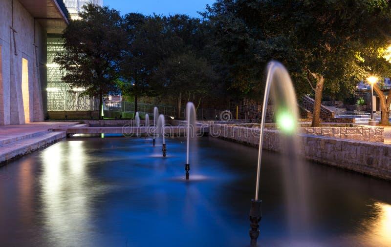 Fontana della città fotografia stock