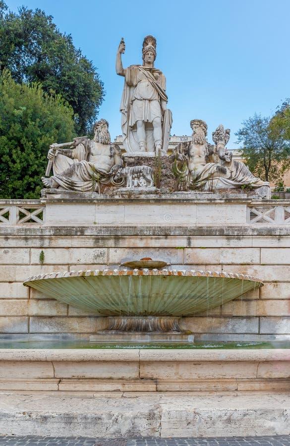 Fontana della Dea di Roma in Piazza del Popolo royalty free stock photography