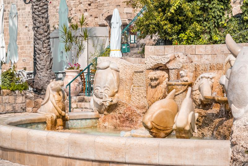 Fontana dello zodiaco in Giaffa, Israele immagini stock libere da diritti