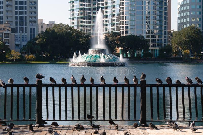 Fontana di acqua di Eola del lago immagine stock