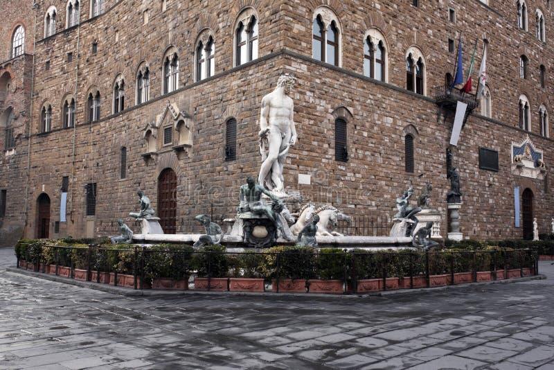Fontana di Nettuno in della Signoria della piazza fotografia stock libera da diritti