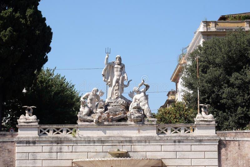 Fontana di Nettuno, Piazza del Popolo a Roma immagini stock