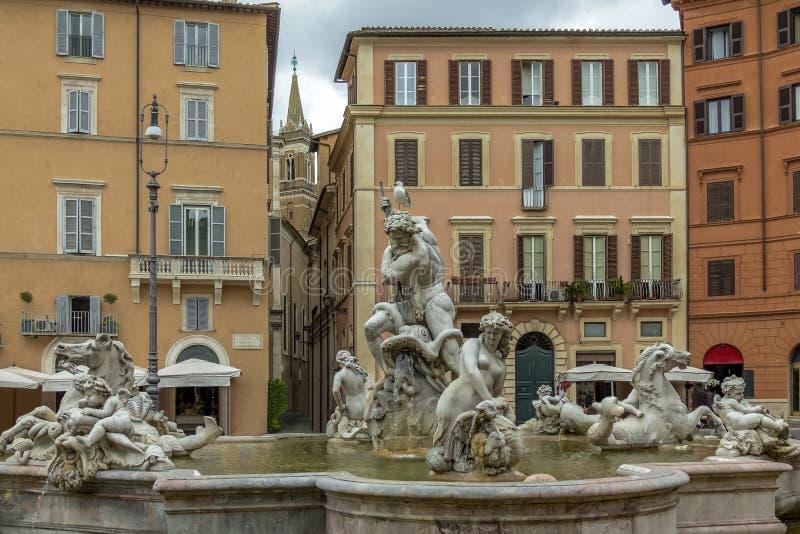 Fontana di Nettuno in piazza Navona - Roma, Italia immagine stock libera da diritti