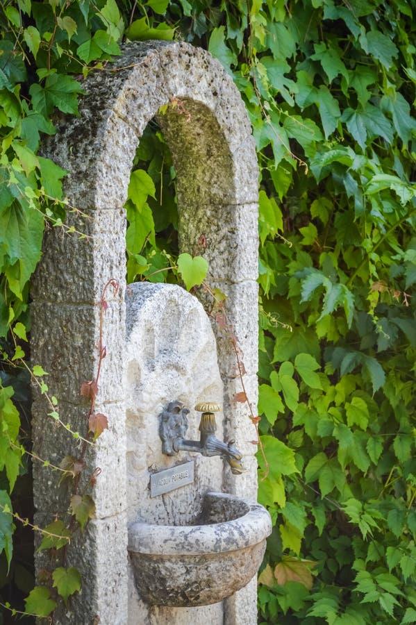 Fontana di pietra immagine stock libera da diritti