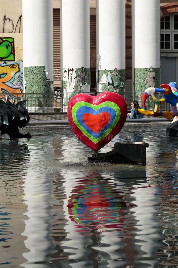 Download Fontana Di Stravinsky A Parigi Fotografia Editoriale - Immagine di europa, culturale: 56882072
