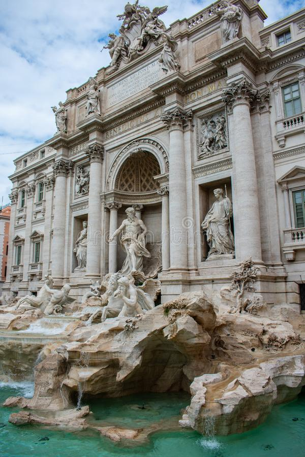 Fontana Di trevi herstelde onlangs, Rome, Italië royalty-vrije stock foto